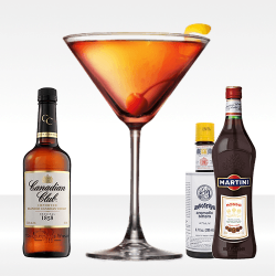 Cocktail Manhattan con rye whiskey canadian club, vermuth rosso martini ed angostrua bitter
