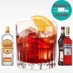 Cocktail Negroni con gin Gordon's, bitter Campari e vermut rosso martini