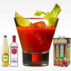 Bloody Mary con vodka smirnoff, succo di limone e succo di pomodoro